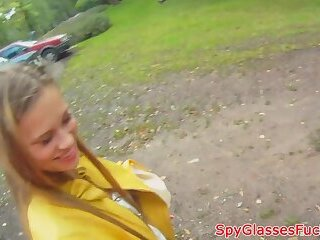 European amateur beauty dickriding outdoors