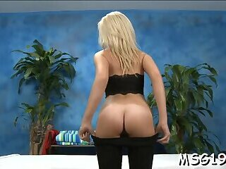 Naughty teen sweetheart Kaylee Hays blows and gets fingered
