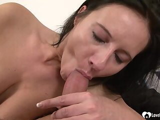 Hot girl Enza loves to get fucked hardcore