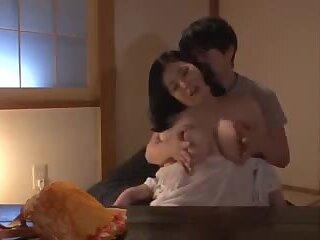 Hot Japanese Mom Seducing Young Boy