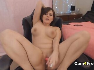 Gorgeous Sexy Babe Fingering Till She Cum