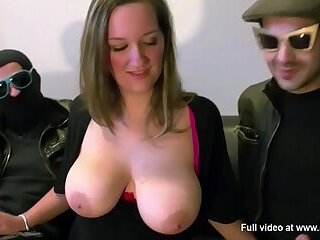 They share Mia's tits in a threesome