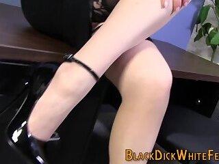 Busty footjob babe gets feet cummed