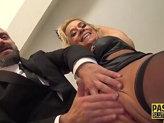 Blonde kinky milf in stockings gets fucked