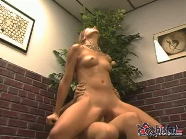 Lesbian Anal Threesome Strapon