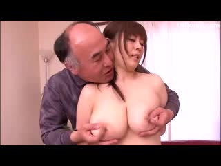 Screenshot video daughter in law drilled by father in law 08