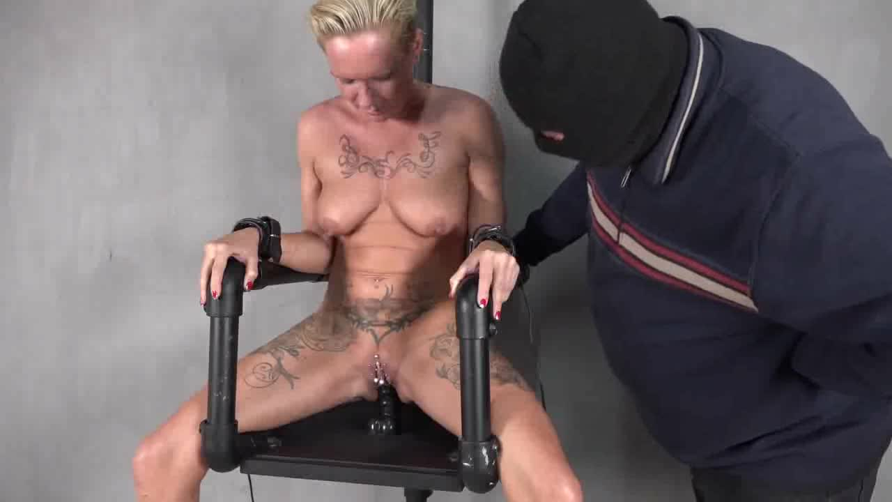 electric bondage chair
